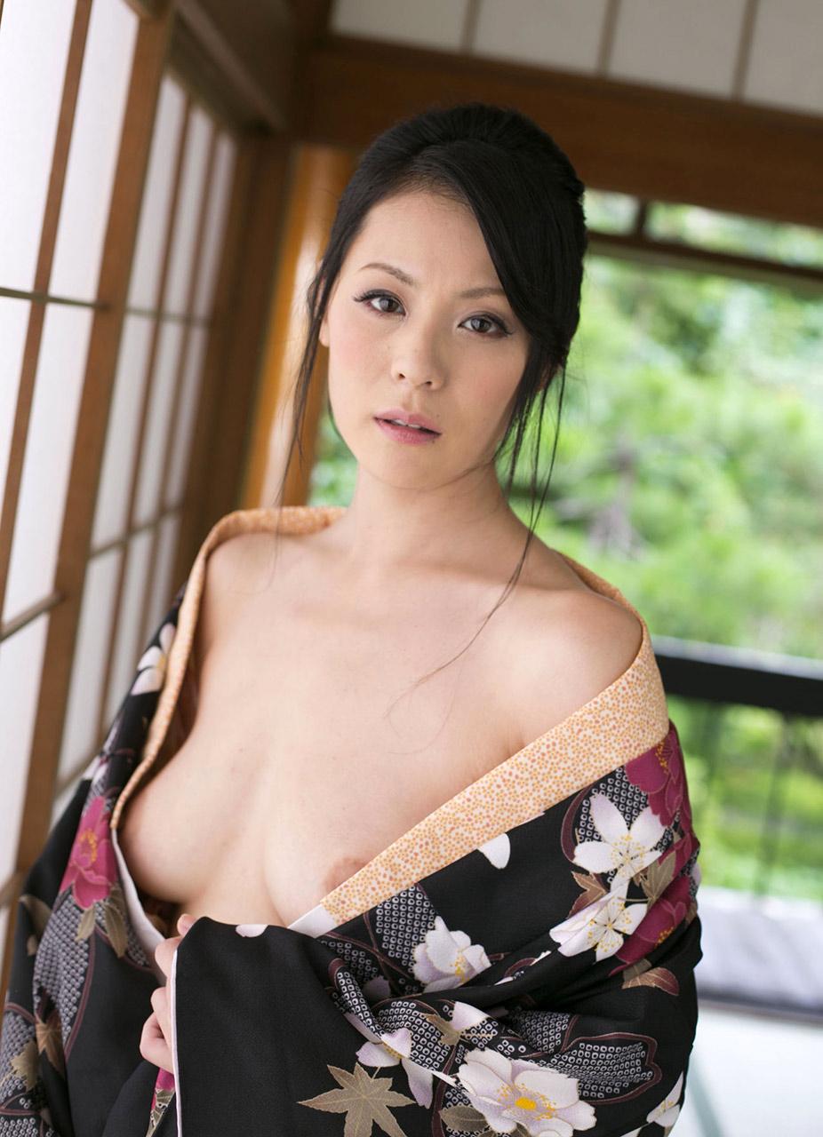 Nackt  Nana Komatsu Nana Komatsu